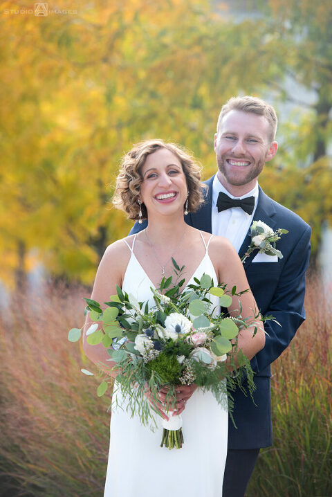 Fall wedding photos of bride and groom in Weehawken